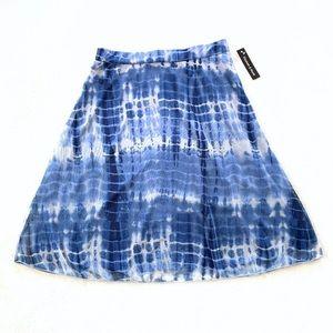 Elizabeth & Nicole Blue & White Tie-Dye Mesh Skirt